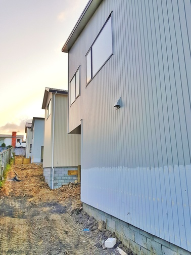 Recladding contractors hamilton
